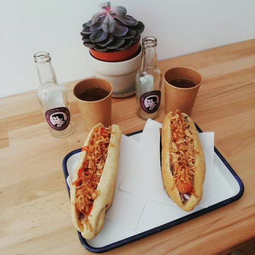 hot dog vegan munchies bordeaux